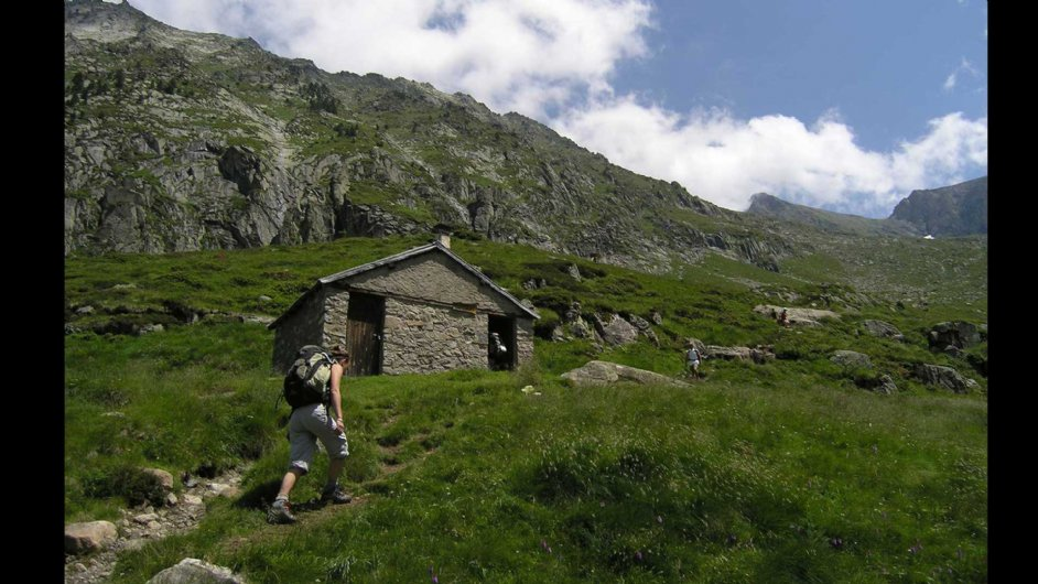 Hut of Caussis on the trail of Mont Vallier