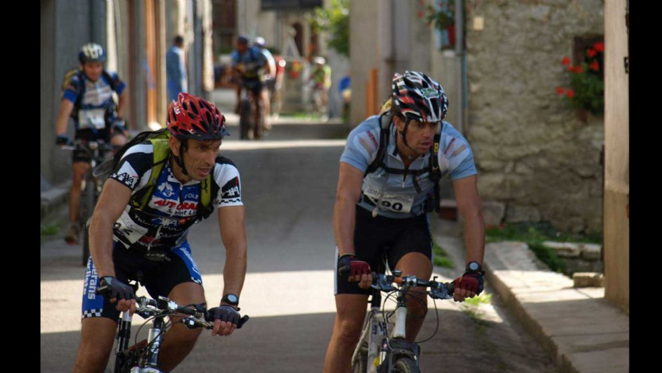 ABS bicycle racing in Vicdessos